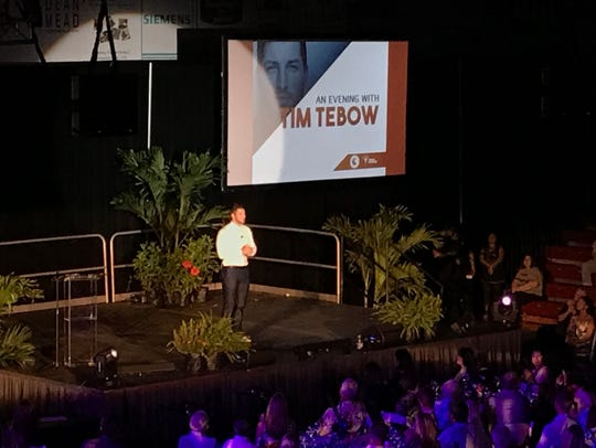 Tim Tebow spoke to an audience of about 800 Sunday