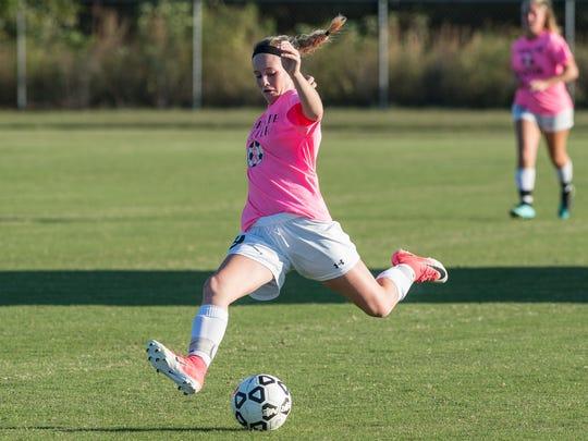 Parkside's Leah Vilov (9) takes a shot on net during a game against North Caroline on Monday, Oct. 2, 2017.