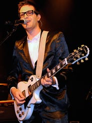 Mayer Hawthorne performing in Las Vegas in late 2011,