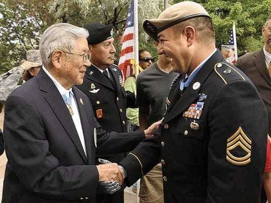 Hiroshi Miyamura meets fellow New Mexican Medal of Honor recipient Army Sgt. 1st Class Leroy Petry.