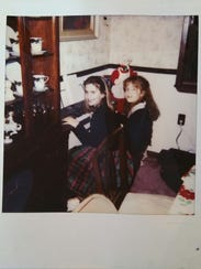 Jessica and Alicia Cook play the piano on Christmas
