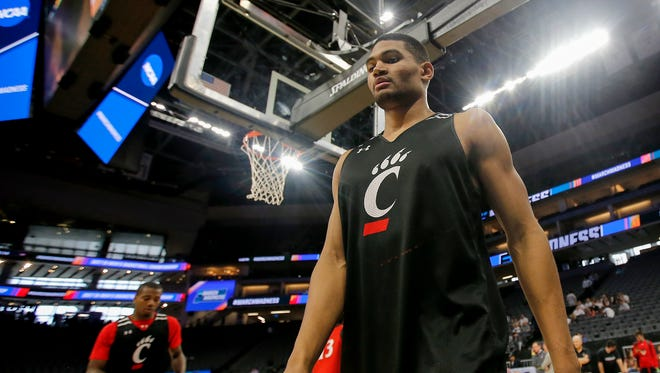 Cincinnati Bearcats forward Kyle Washington (24) practices ahead of the team's first-round game against Kansas State in the NCAA Tournament, Thursday, March 16, 2017, at the Golden 1 Center in Sacramento, California.