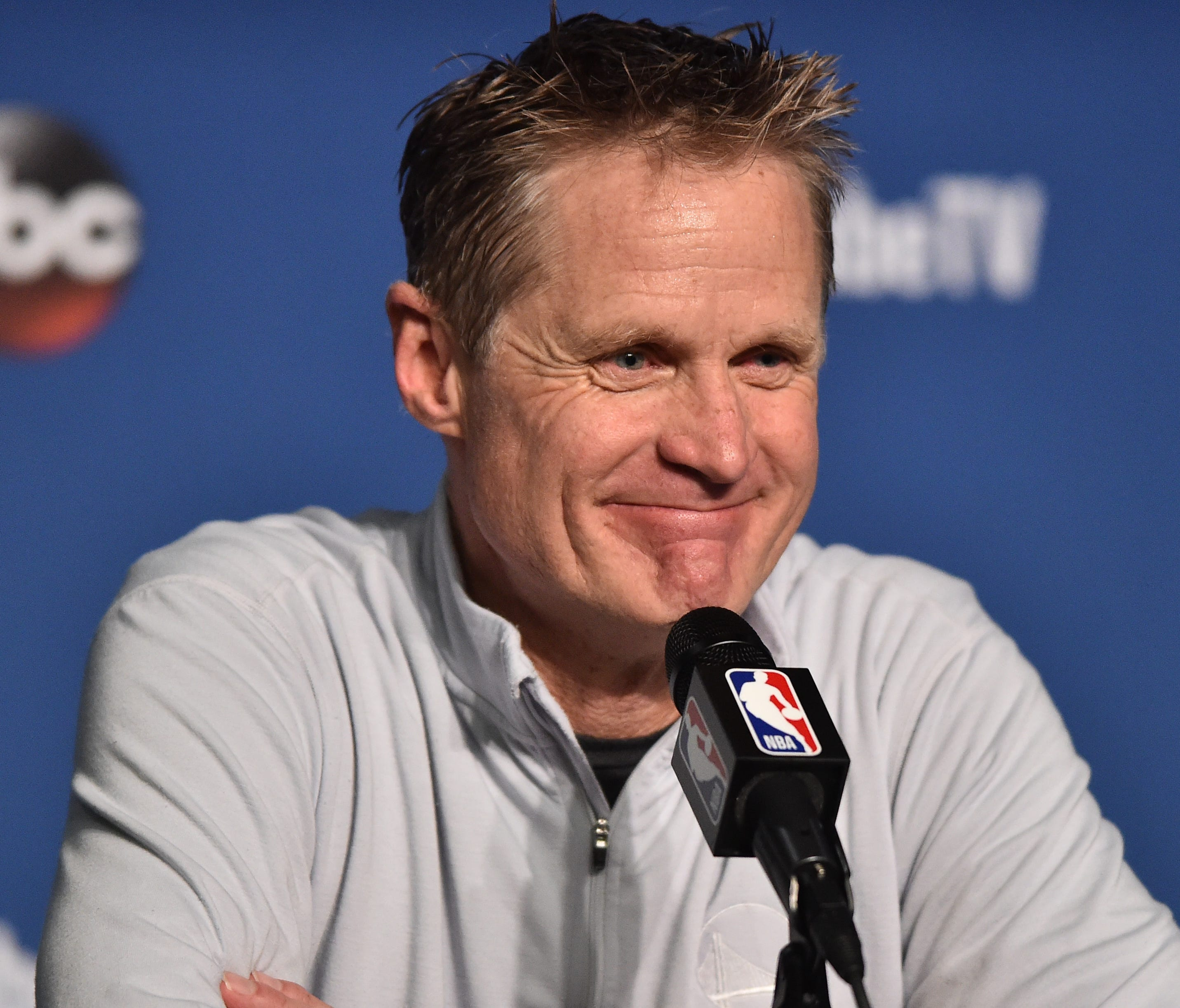 Golden State Warriors head coach Steve Kerr has had his contract extended by the team.