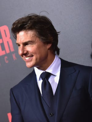 """Tom Cruise attends a screening of """"Jack Reacher: Never Go Back"""" in Harahan, La."""