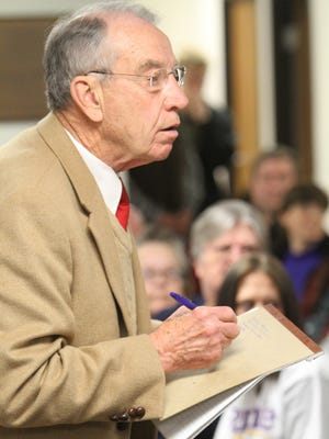 U.S. Senator Chuck Grassley takes question at the Feb. 16, 2016, town hall at the Vinton City Hall.