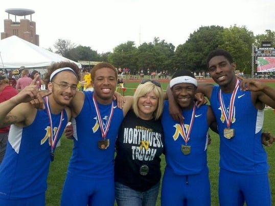 NW_4x100_meter_relay_state_champs.jpg