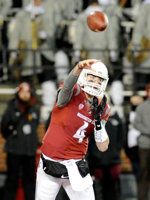 Washington State Cougars quarterback Luke Falk.