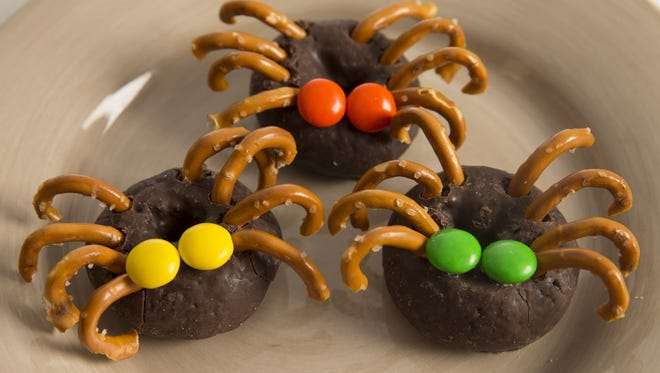 These creative Halloween treats are easy to assemble.