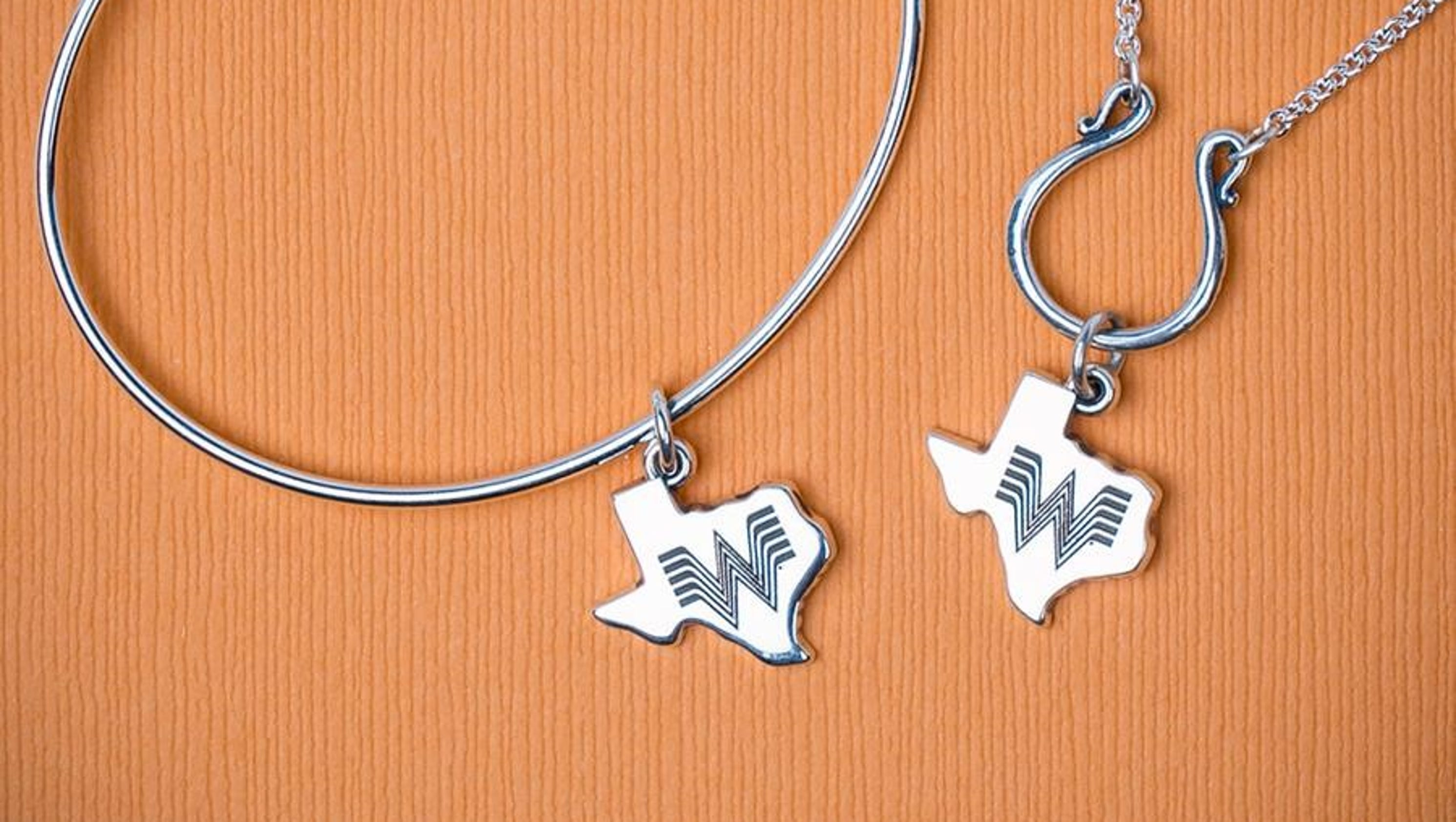 The whataburger james avery charm is real and now sold out reheart Image collections
