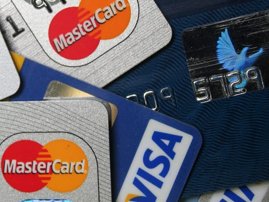 the only 4 times you should max out your credit card - Apply For Multiple Credit Cards At One Time