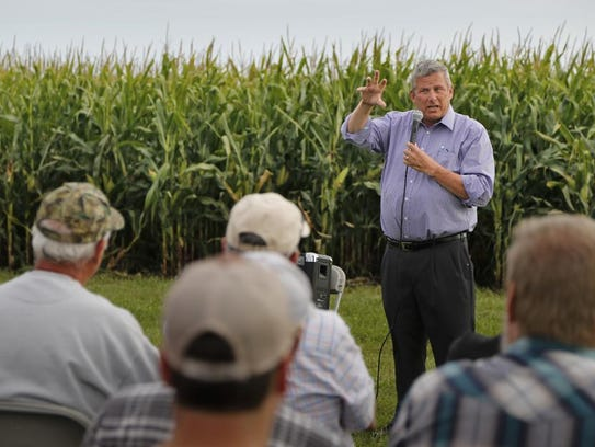 Iowa Secretary of Agriculture Bill Northey speaks to