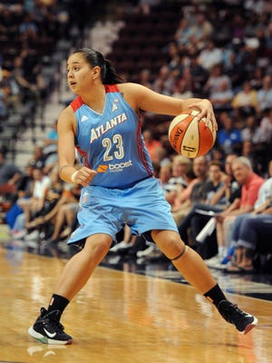 Atlanta Dream's Shoni Schimmel during the first half of a WNBA basketball game, Sunday, Aug. 23, 2015, in Uncasville, Conn. (AP Photo/Jessica Hill)