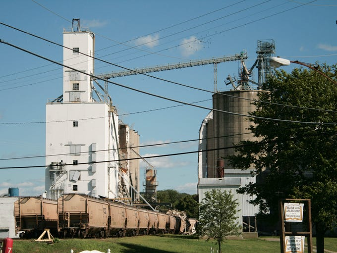 An explosion was reported at Coshocton Grain Co. on Wednesday at the Brown's Lane plant.