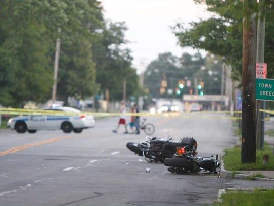 moto-crash-lp