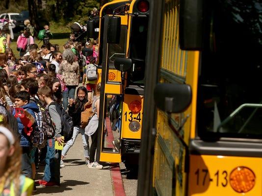 School-Bus-Loading-02.JPG