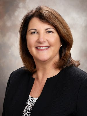Lisa Sgarlata is the Lee Health Chief Patient Care Officer.