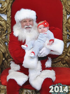 Isabella had her first meeting with Santa Claus a few weeks back. She was all smiles for Saint Nick.