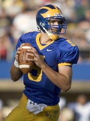 University of Delaware quarterback Joe Flacco looks for a receiver in the third quarter of Delaware's 38-9 win against Rhode Island at Delaware Stadium on Sept. 15, 2007.