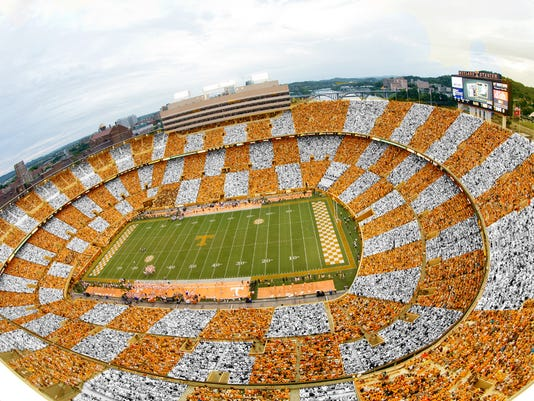 KNOXVILLE, TN - Season opening game between the University of Tennessee Volunteers and the Utah State Aggies