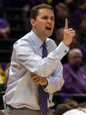Will Wade improved to 2-0 as LSU's coach with a win over Samord.