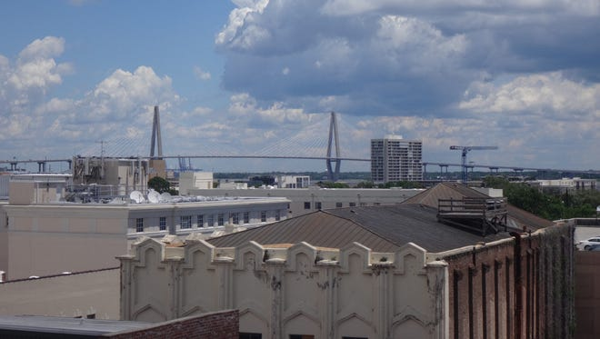 Police tell local media outlets traffic in both directions of the Ravenel Bridge connecting downtown Charleston to Mount Pleasant were closed early Friday morning.