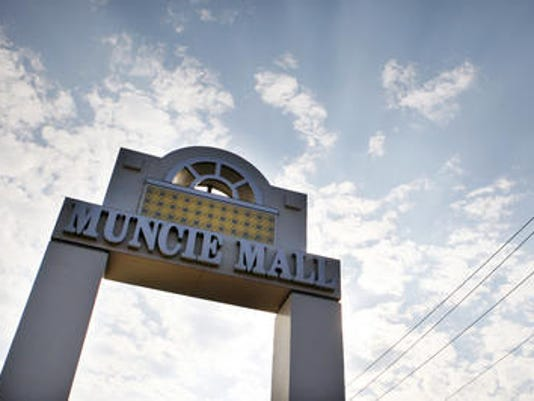 Muncie Mall sign