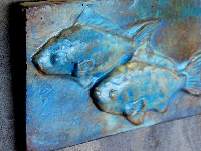 This fish tile was created by Tom Ehlers.