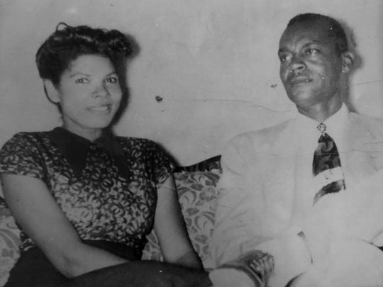 An old photo of Pearl Payne and Lutrill Payne Amos.