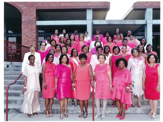 Sorors in Pink 3
