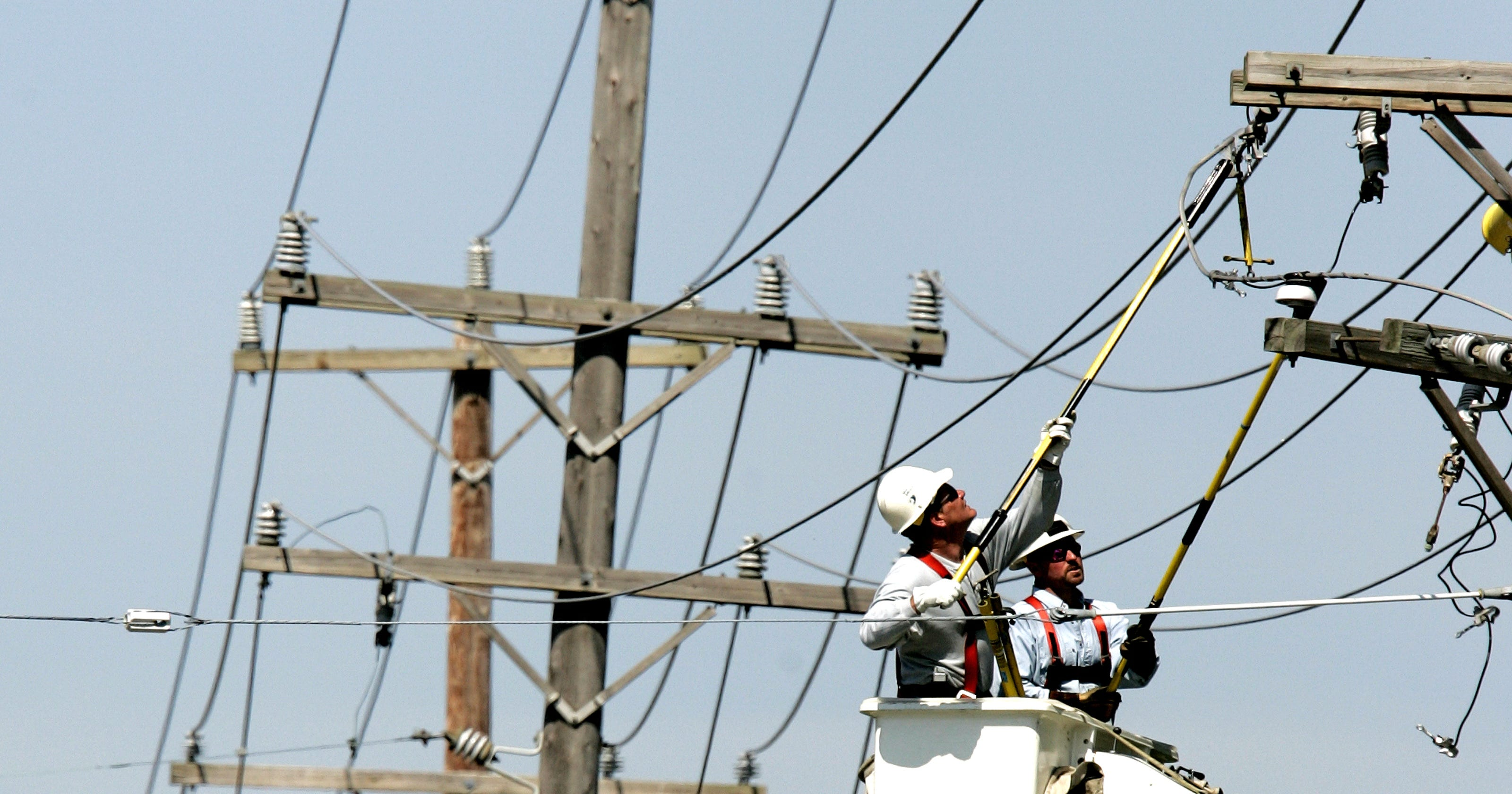 9,700 outages in Metro Detroit