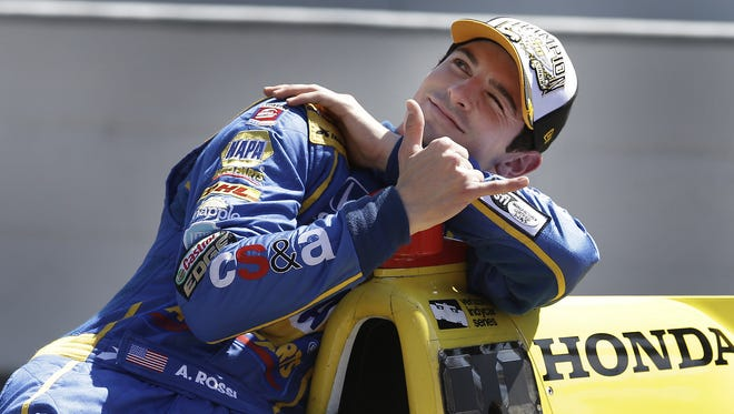 2016 Indianapolis 500 winner Alexander Rossi re-signed with Andretti Autosport for the 2017 season.