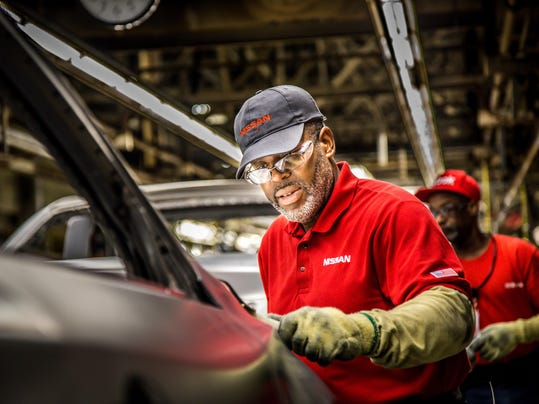 Nissan_Manufacturing_Team_Members_03