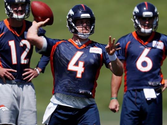 Broncos_Football_32769.jpg
