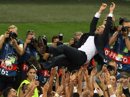 Soccer_Zidane_Quits_70735.jpg