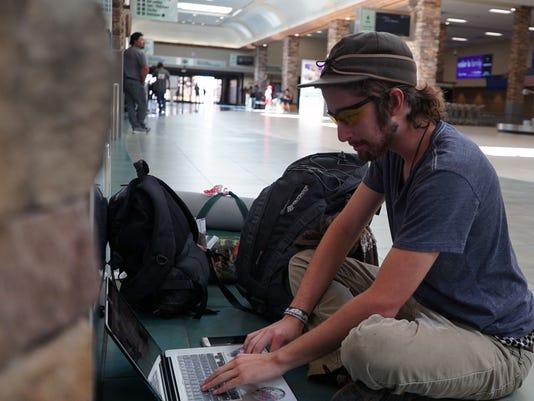 636076711137588109-Reno-airport-burner-main.JPG