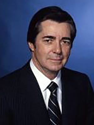 Frank Salter Jr., the district attorney of Calcasieu Parish, La., in the 1960s, never asked agrand jury to bring charges against Mississippi native Felix Vail in the drowning of Vail's wife, Mary Vail.