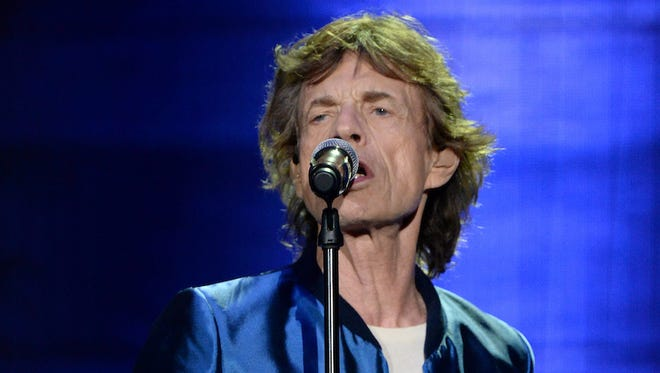 Mick Jagger of The Rolling Stones performs onstage during Desert Trip at The Empire Polo Club on October 7, 2016 in Indio, California.  (Photo by Kevin Mazur/Getty Images for Desert Trip)