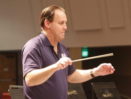 FMN Orchestra1 0126