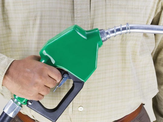 Corn ethanol reduces greenhouse gases by 43% compared to conventional gasoline.