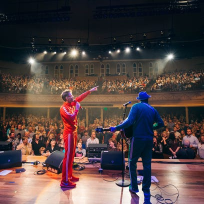 Bobby Bones and Eddie Garcia perform at Ryman Auditorium