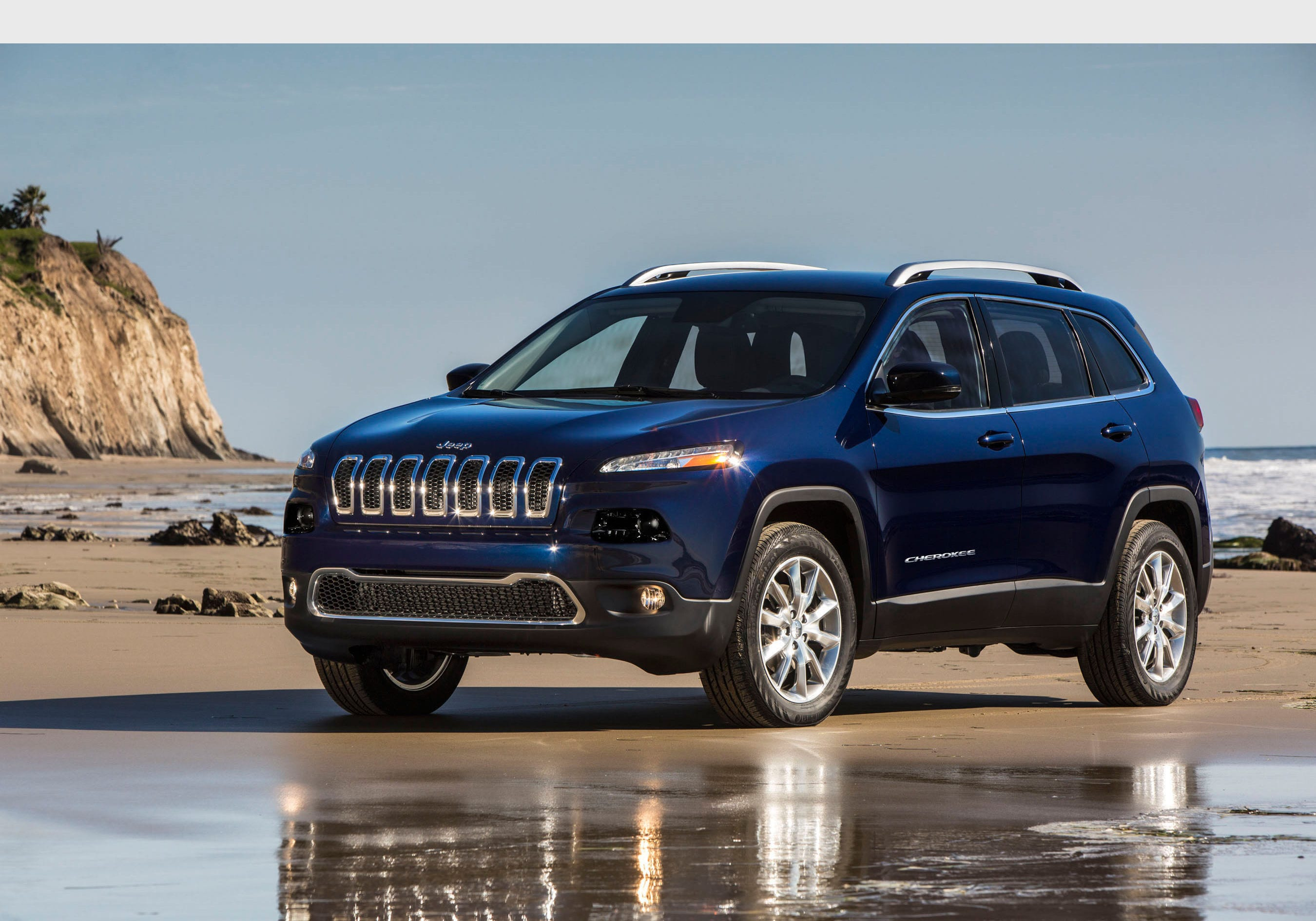 636047974197420341 JeepCherokee14 fiat chrysler recalls 323,000 vehicles over wiring issue 96 Jeep Cherokee Wiring Diagram at gsmx.co