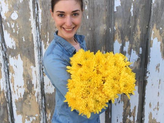 636579262770243741-FON-Streetwise-flowers-flowers.jpg