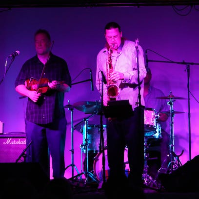 The Hadden Sayers Band along with Chris Howes preform