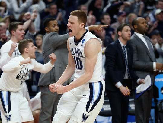 BUFFALO, NY - MARCH 18:  Donte DiVincenzo #10 of the