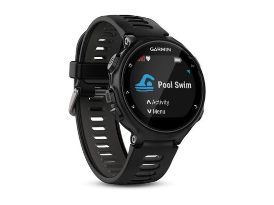 Forerunner 735XT - a wearable activity tracker which can be used for a variety of fitness workouts including running, swimming, cycling, hiking and more.