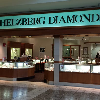 Helzberg Diamonds in Fox River Mall is planning to