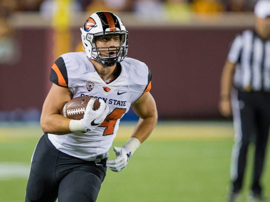 Oregon State Beavers running back Ryan Nall averaged 6.5 yards per carry and rushed for 13 touchdowns last season.