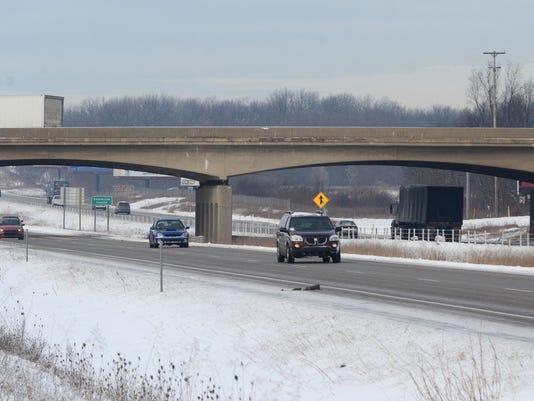 Exit 92 Bridge.jpg