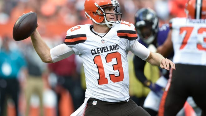Browns' quarterback Josh McCown will return from injury to start against the Jets on Sunday.
