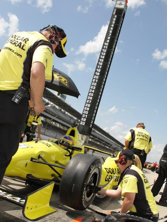 MNCO IndyCar Jessica Mace feature